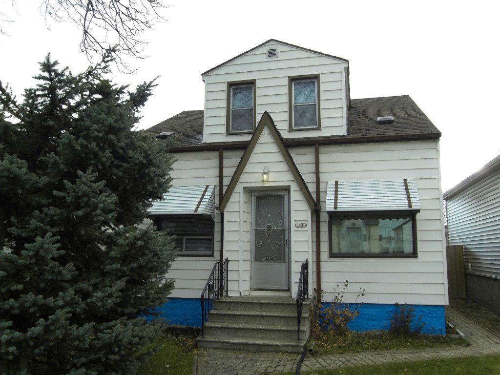 1705 Arlington Street, Winnipeg, Manitoba R2X 1V9